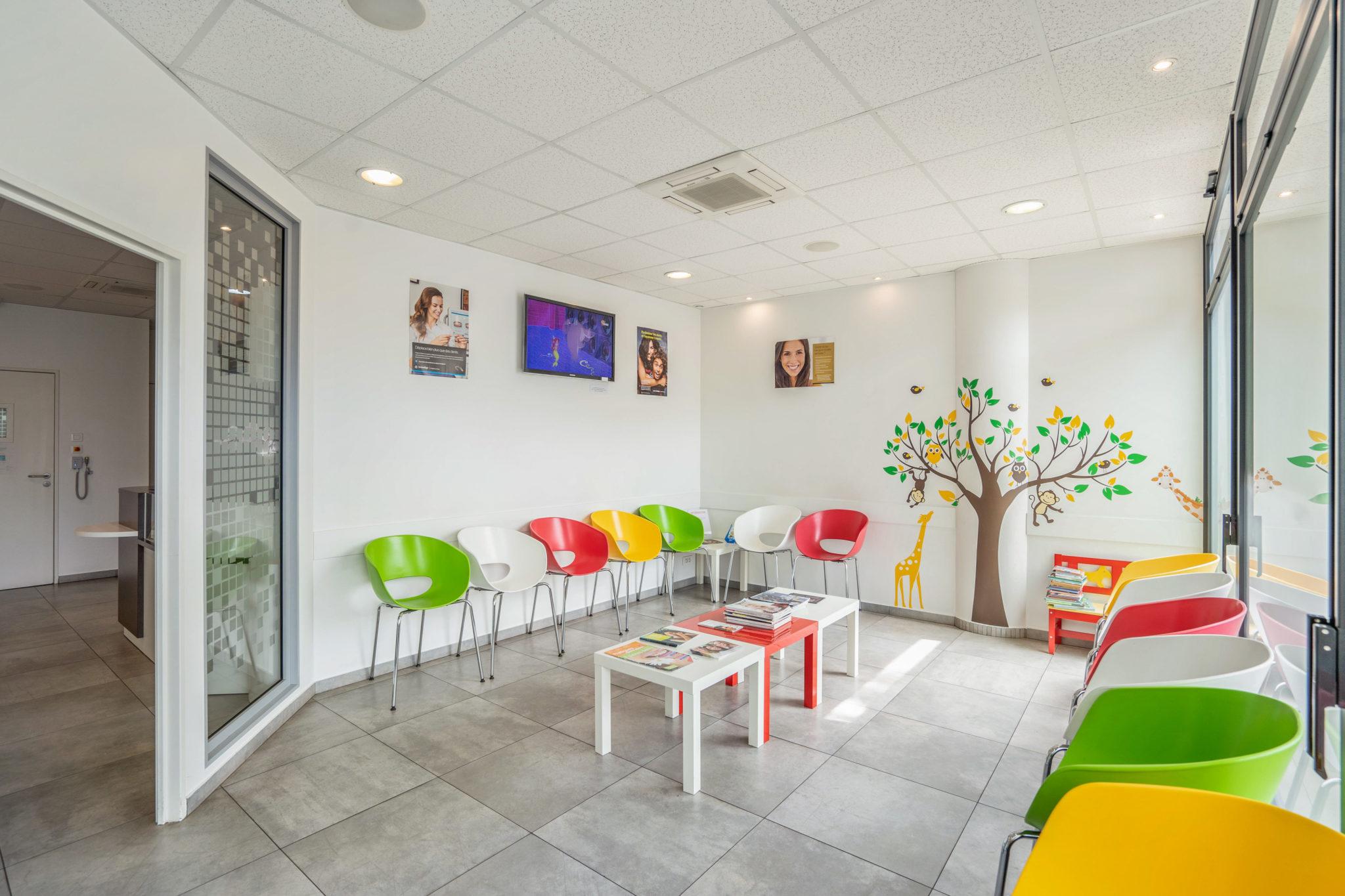 Salle d'attente Cabinet orthodontiste Nanterre